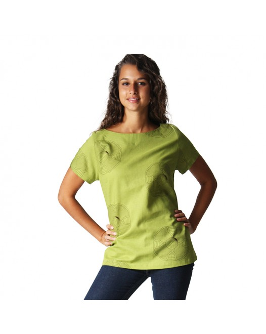 Women Half Sleeve Crew Neckline Top